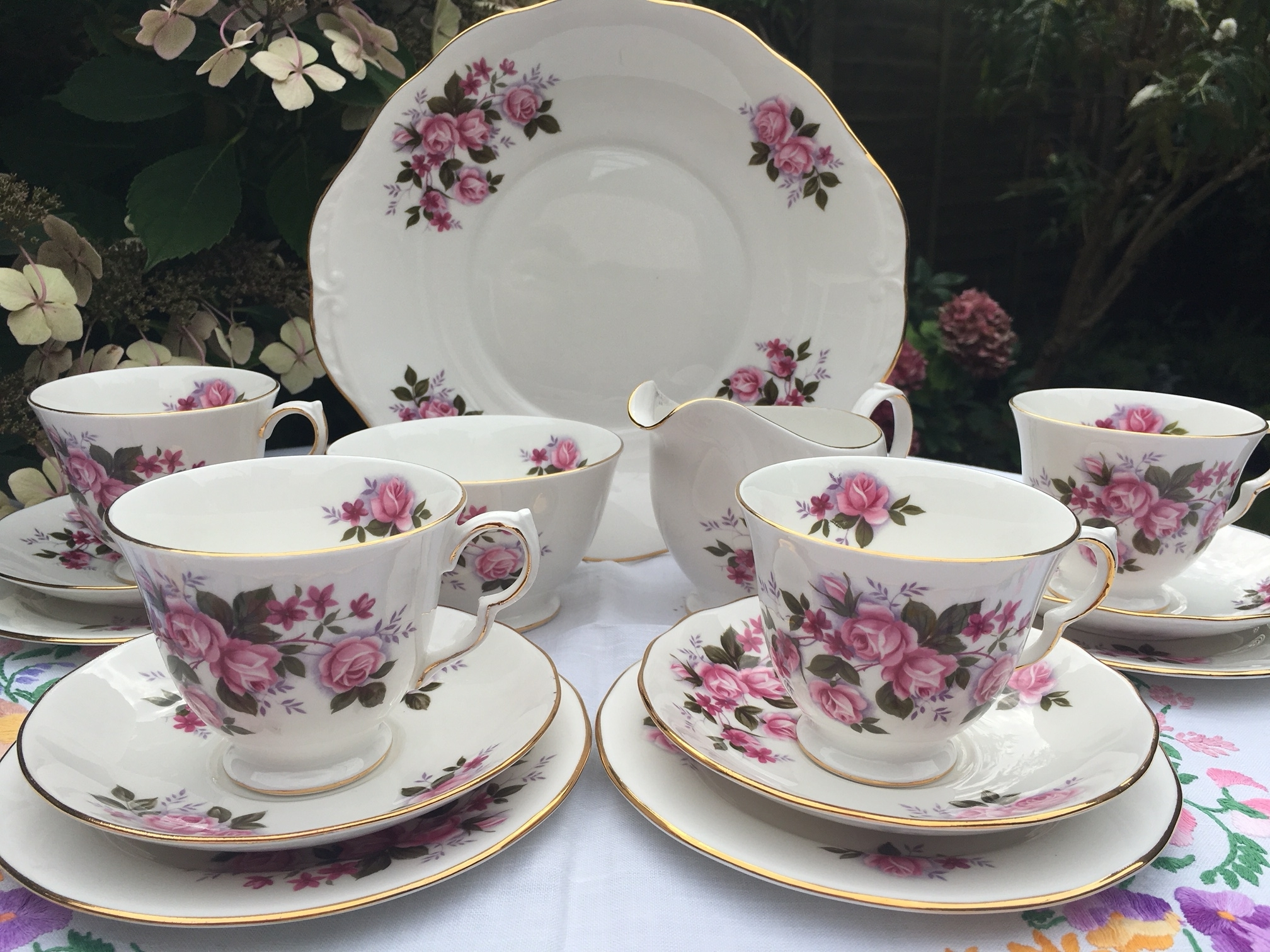 Queen Anne vintage teaset