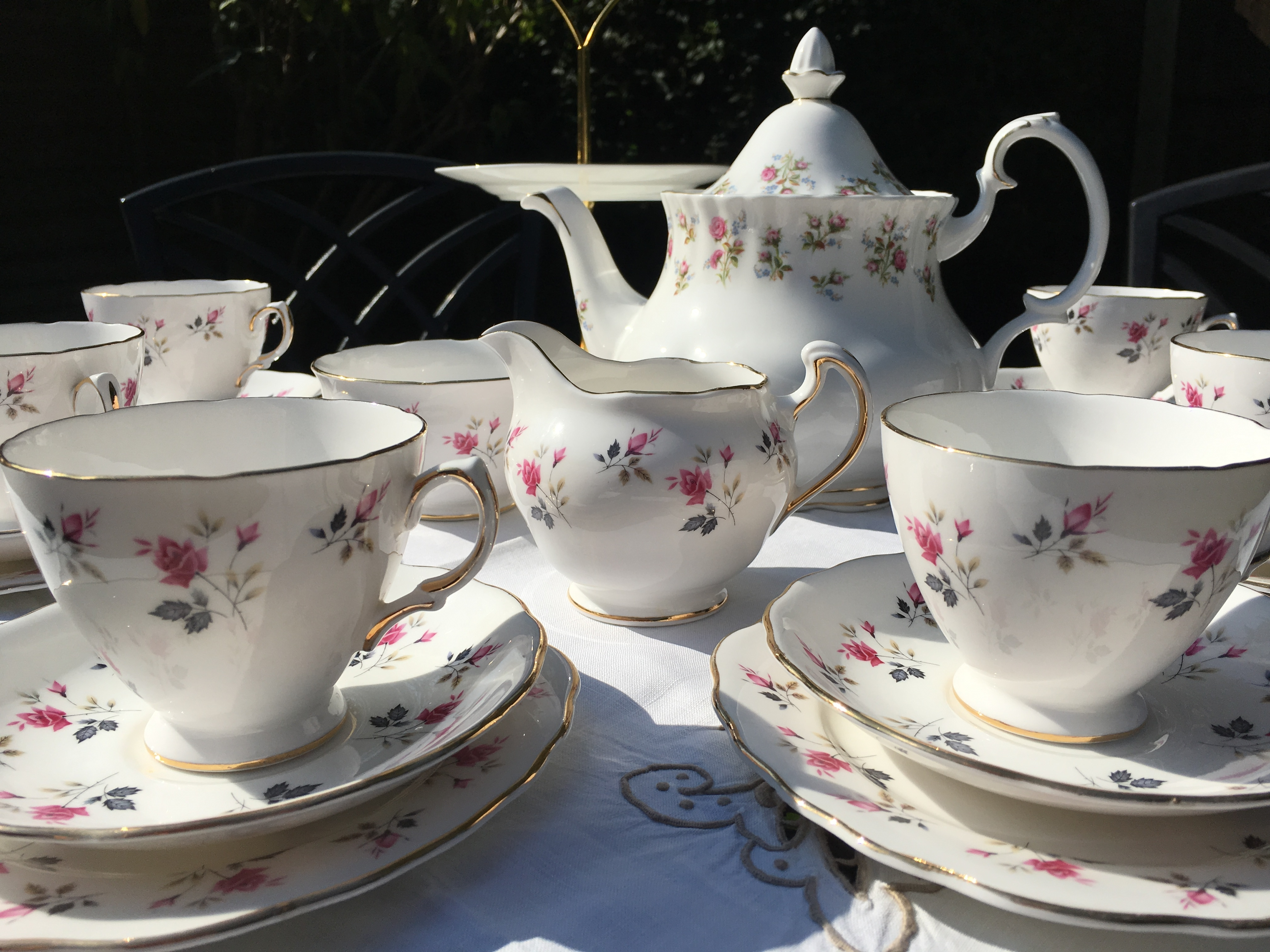 Royal Osborne teaset