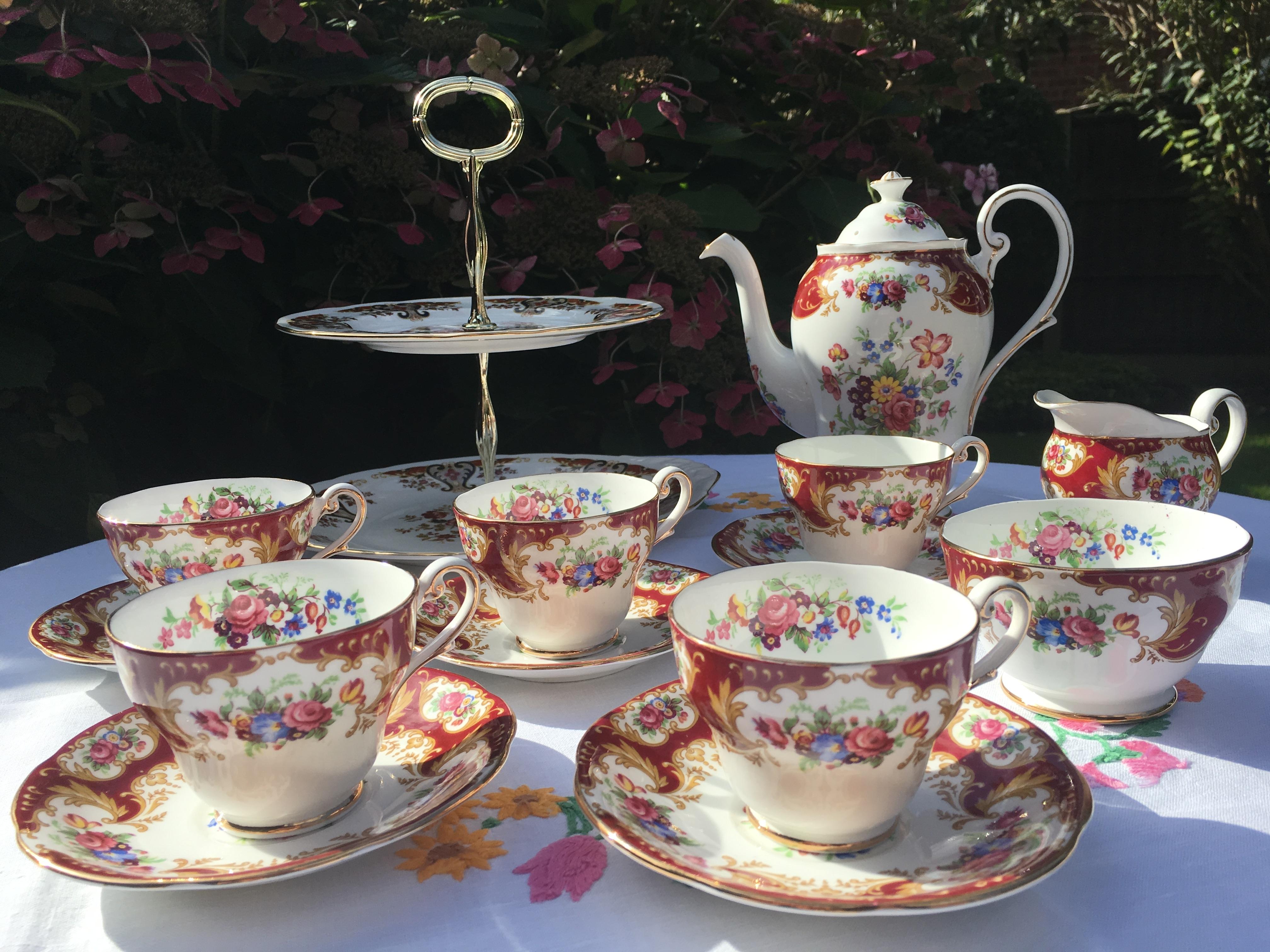 Royal Standard Lady Fayre teaset