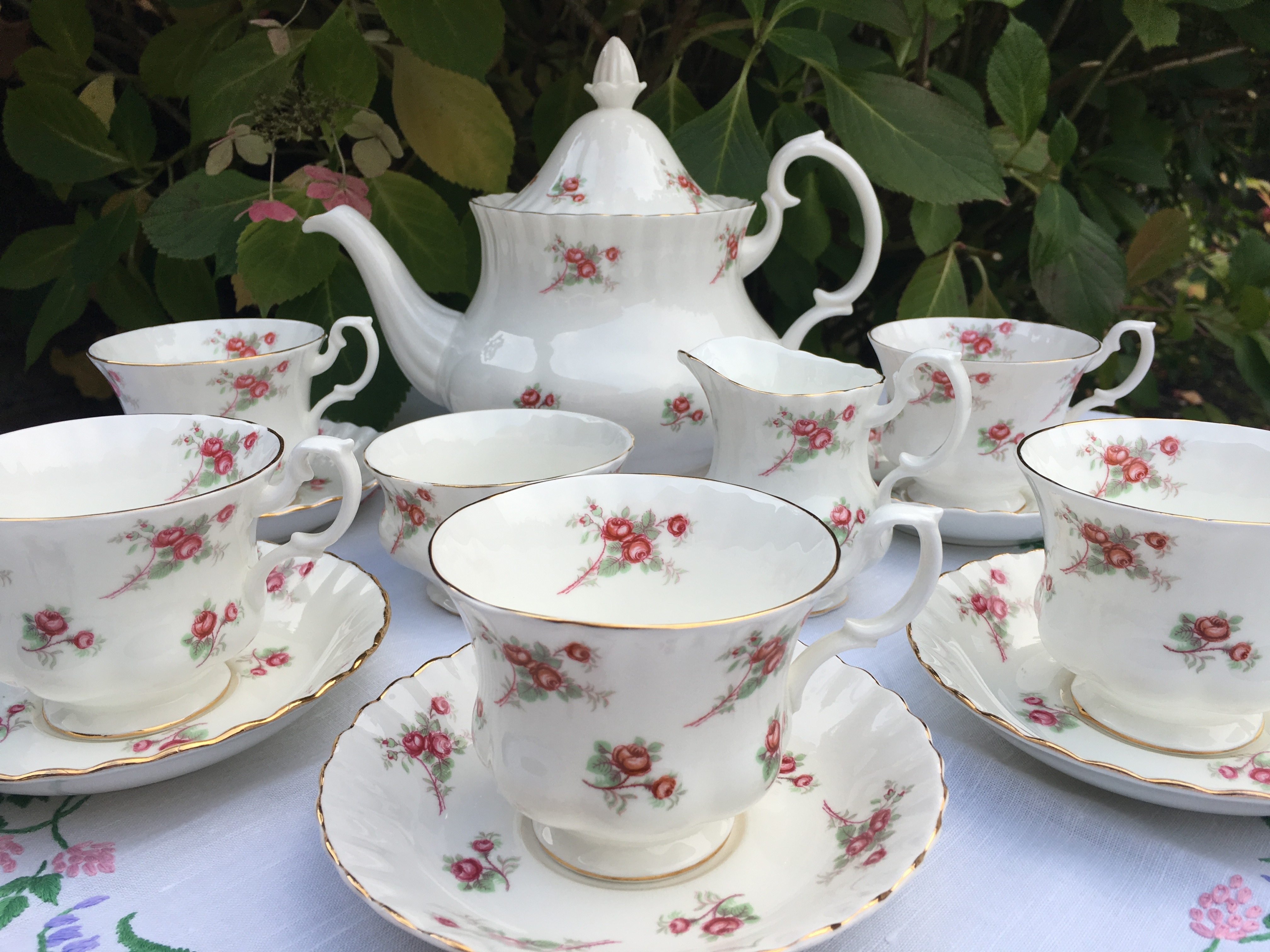 Richmond teaset - Brentwood Essex